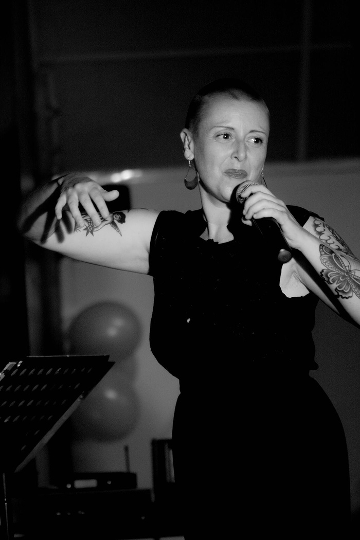 ANN LAORA en concert 0